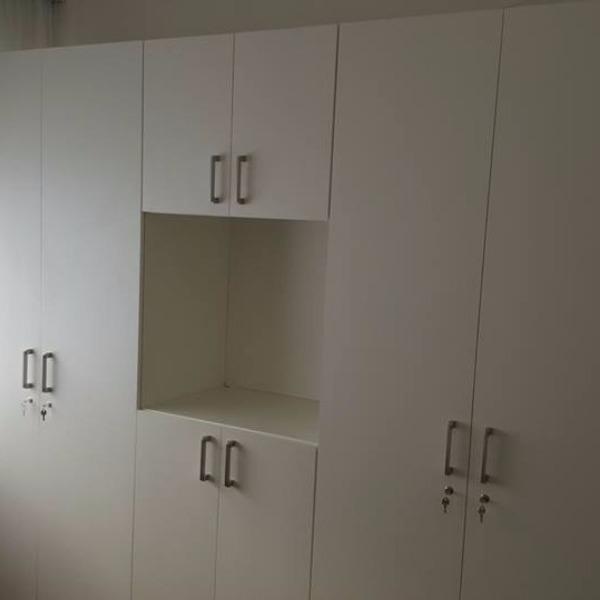 Placar a medida para casa de salud con espacio carpintero for Casas de muebles en montevideo