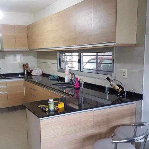 equipamiento de cocina en melaminico roble carpintero en
