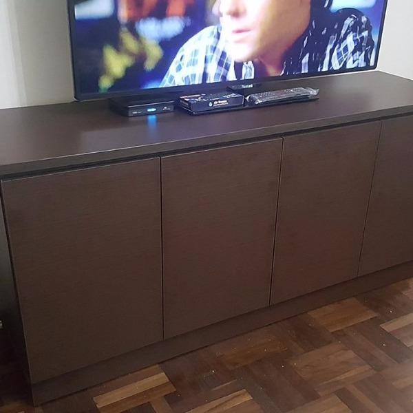 Rack de tv a medida en for Muebles a medida montevideo