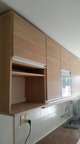 Mueble aereo de cocina en melaminico con puerta for Muebles a medida montevideo