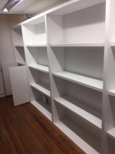 Biblioteca a medida carpintero en montevideo de sala for Muebles a medida montevideo
