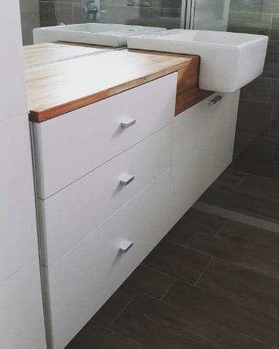 Mueble ba o mesada en finger mueble en carpintero en for Muebles bano montevideo