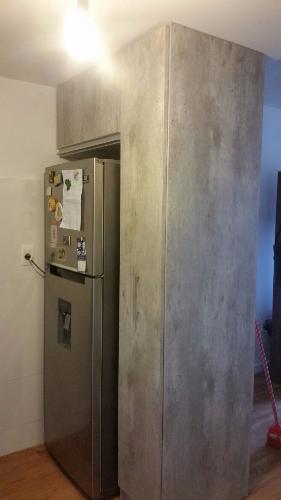 Mueble auxiliar de cocina en melaminico carpintero en for Muebles de cocina montevideo