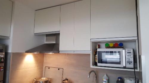 Mueble a reo de cocina en mdf melaminico carpintero en for Muebles de cocina montevideo