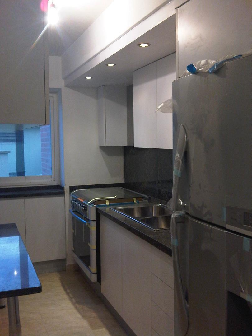 Bajo mesada y aereo para cocina en melaminico carpintero for Muebles de cocina montevideo